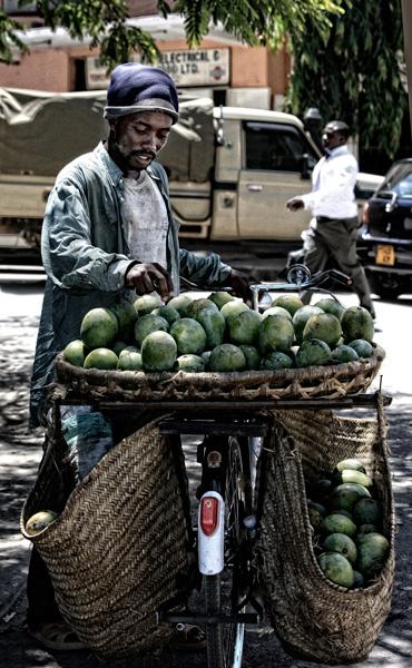 Man-with-mango